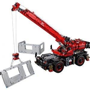 LEGO Technic 42082 Kraan voor alle Terreinen 1