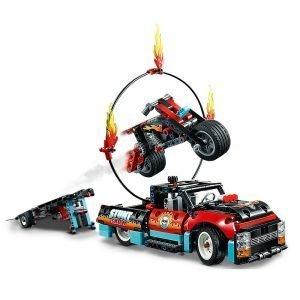 LEGO® Technic 42106 Truck en Motor voor Stuntshow 1