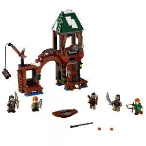 LEGO the Hobbit 79016 Aanval op Meerstad 1