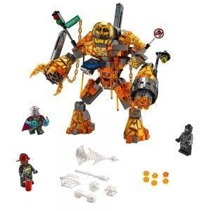 LEGO Super Heroes 76128 Molten Man Duel 1
